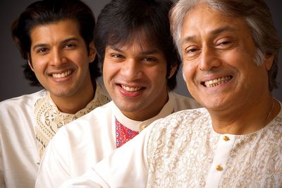 Amjad-Ali-Khan-with-Amaan-Ali Khan and Ayaan Ali Khan.jpg